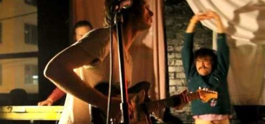 Video: Arrington de Dionyso's Malaikat Dan Singa – SUARA NAGA