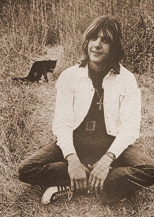 Gram Parsons With A Cat Reviler