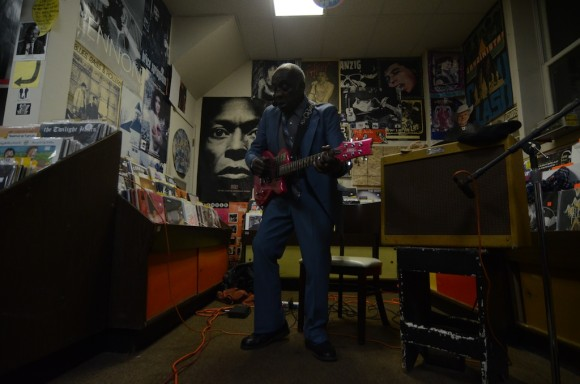 leo bud welch blues treehouse 9