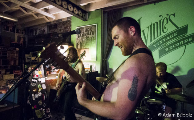 Photos: Nightosaur at Hymie's Vintage Records